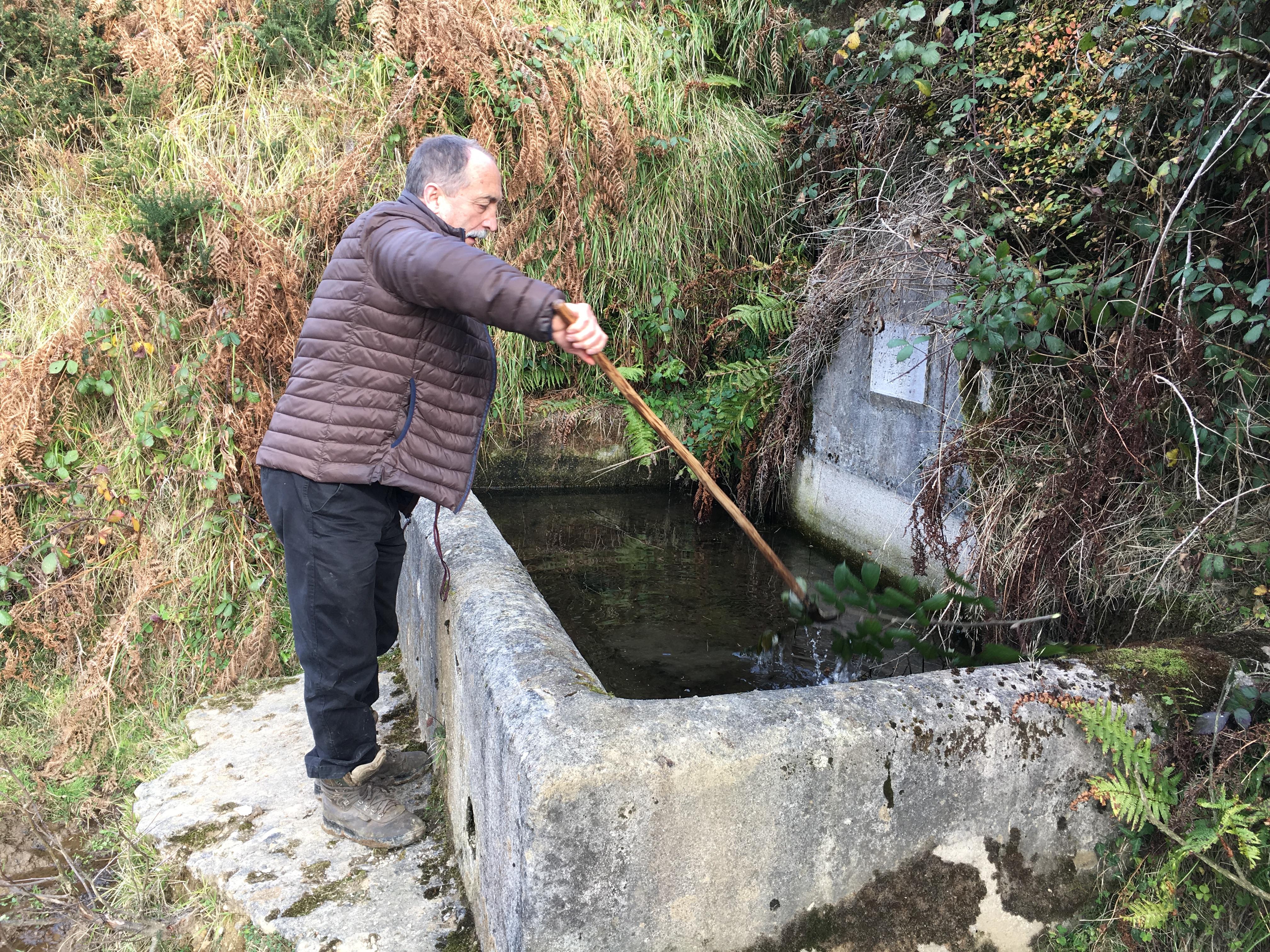 Valle del río Llamo (Riosa): Fuente Bermeya (El Cordal; José Luis Villanueva)
