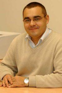 Juan María Menézdez Aguado, Prof. Titular de la Universidad de Oviedo